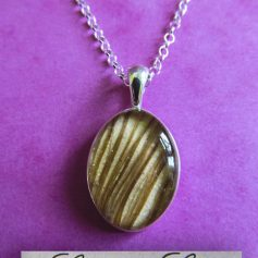Sterling silver Small Oval Pendant and Chain